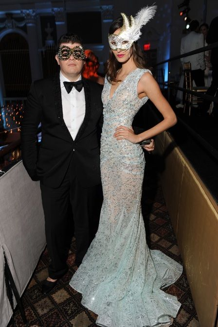 17 best images about masquerade party on pinterest kiss for What kind of dress do you wear to a wedding