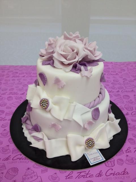 Lilla wedding cake