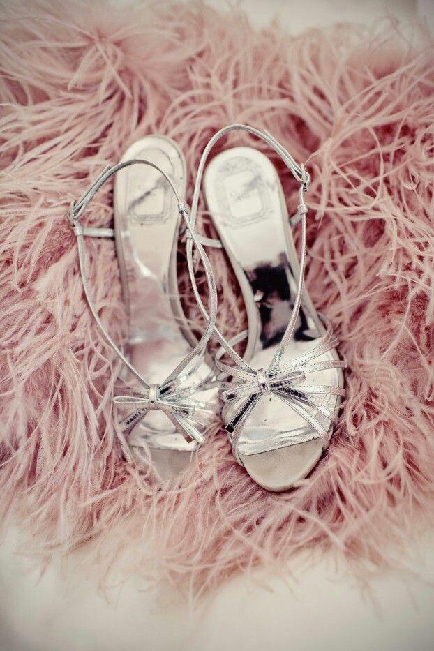 Simple white bridal shoes | wedding inspiration