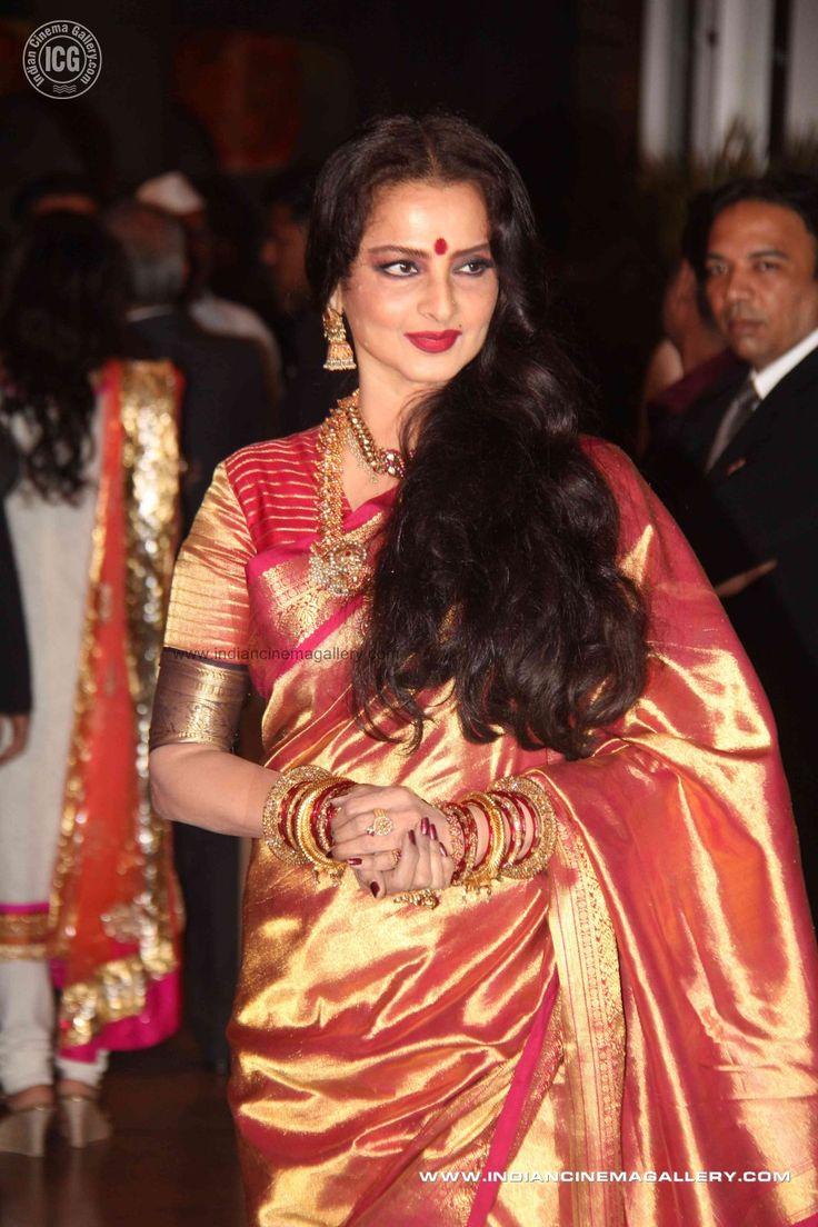 Rekha at Genelia and Ritesh wedding ceremony