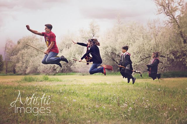 Artistic Images by Heather: The Estrada Family {Harry Potter Session}