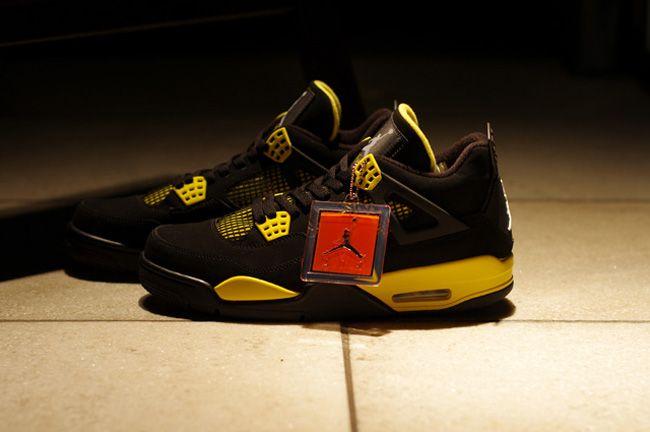 """Air Jordan 4 Retro """"Thunder"""""""