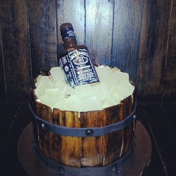 Whiskey Barrel Cake I Made Spiced Rum Cake With Rum Cream