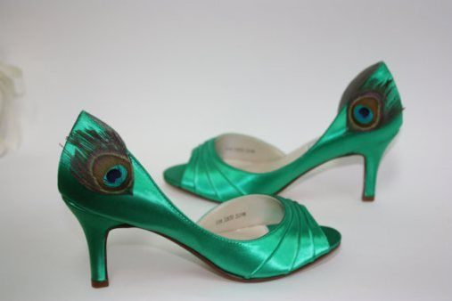 Pávatollas cipő, Peacock Shoe
