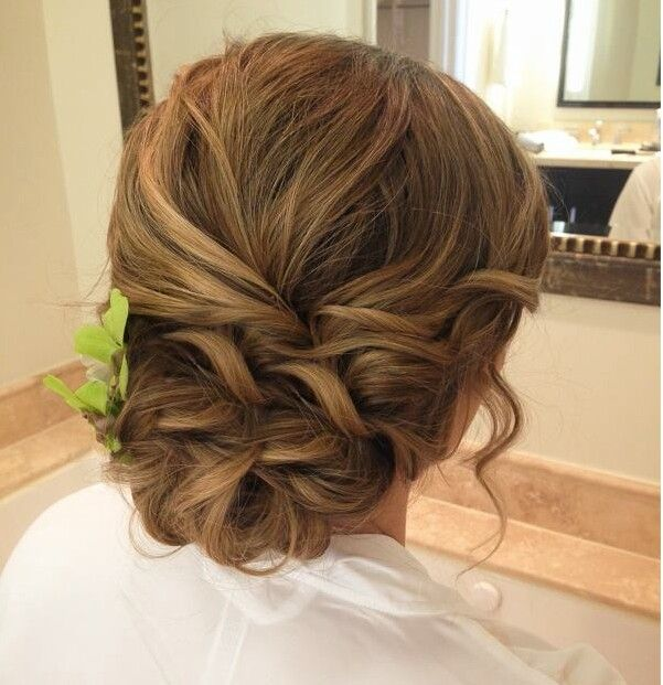 Wedding style with hair that's not too curly