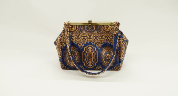 Carpet Bags Lucy bag in Blue Chiraz
