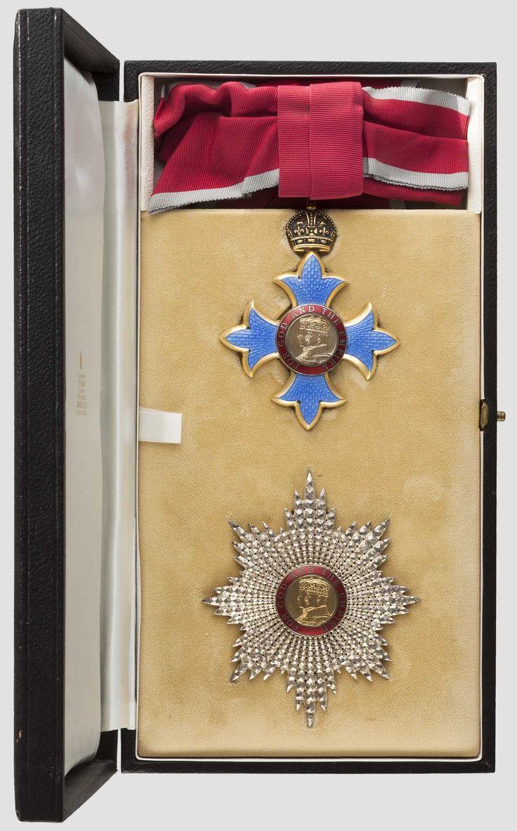 Yellow Star Badge Pin Enamel Army Military Merit Award Prize Winner Biker