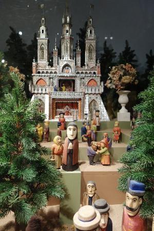 International Museum of Folk Art, Santa Fe, New Mexico  http://www.belindawhitmore.ws
