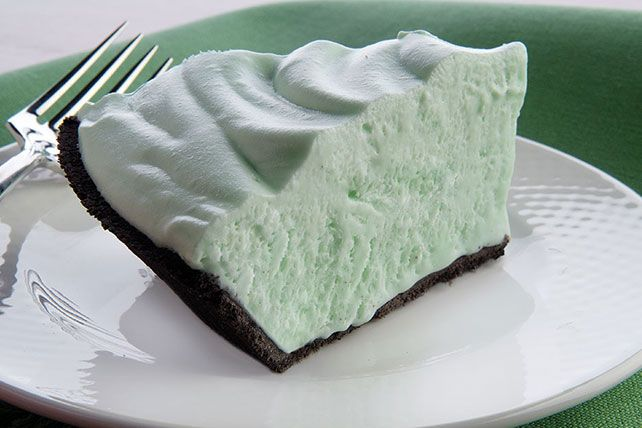 no-bake pie stars creme de menthe, marshmallow creme and whipped cream ...