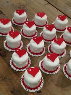 Haciendo minis!!! Magia en mi Bakery!!! | The Dream Cake by Zsigny ...