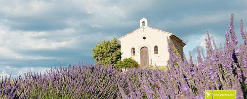 La chapelle Notre-Dame-de-la-Santé, Entrevennes. Alpes de Haute-Provence