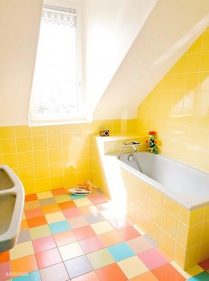 16 best images about lovely yellow bathrooms on pinterest for Bathroom tiles designs and colors