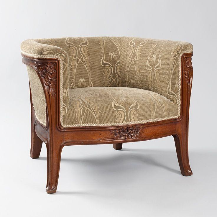 A French Art Nouveau lounge chair by Louis Majorelle.
