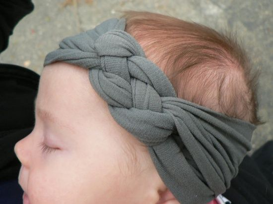 """Super cute (and SUPER easy) knotted jersey headband tutorial. I love this idea b/c I have a small head so I can make these just my size! (No, they're not only infant sized!) I recommend cutting the strips to 2.5"""" (or larger) rather than 1"""" - larger makes for a cuter, more substantial headband.."""