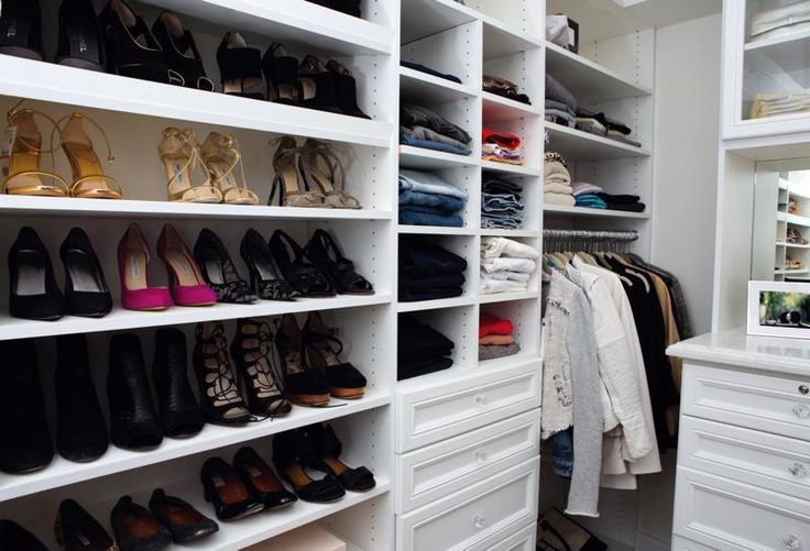 Our customized #shoe shelves are popular for a reason. They maximize space…