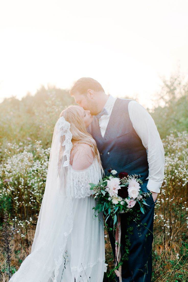 Nadia Meli | Intimate Boho Wedding. Boho Bride inspiration