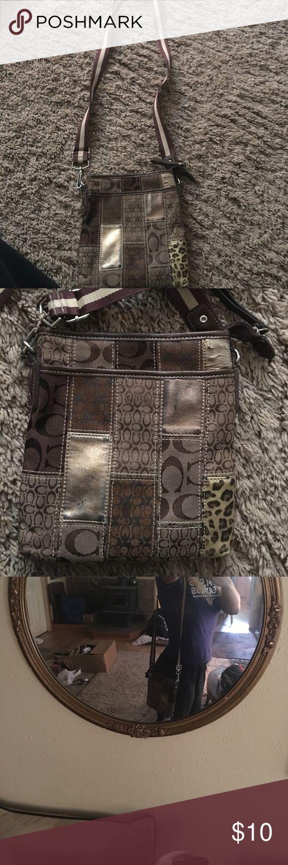 COACH PURSE Little bit worn but it's adjustable and clean :) Coach Bags Shoulder Bags