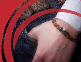 Bijoux Di-Angelo pour hommes.  La société Renaor plus connue sous la marque de Bijoux Di-Angelo est une entreprise française basée à Fos-s...