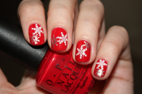 Such a pretty shade of red! Such cute nails for Christmas.