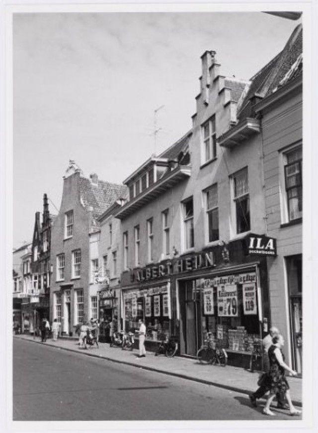 Langestraat 3/5 (Albert Heijn), 7 en 9.