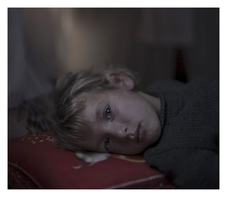 Haunting Photos Show Where Refugee Children Sleep - at the end of the day, whether we are refugees, sick, dying, or healthy, our hopes and aspirations are all the same.