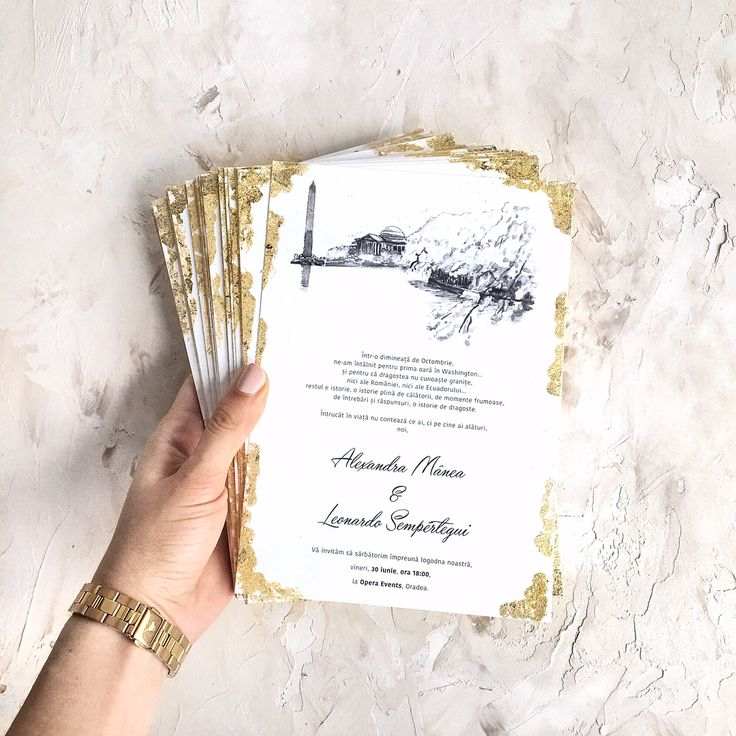 © PAPIRA invitatii de nunta personalizate // Swipe left to see the beautiful details of this custom made engagement invite. // #papiradesign #papirainvitations #invitatiidenunta #invitatiinunta #weddinginvitations #greenerywedding