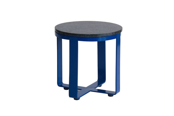 KINTAMANI SIDE TABLE Powder coated steel with lacquer top Size  Dia 500 x 550 mm