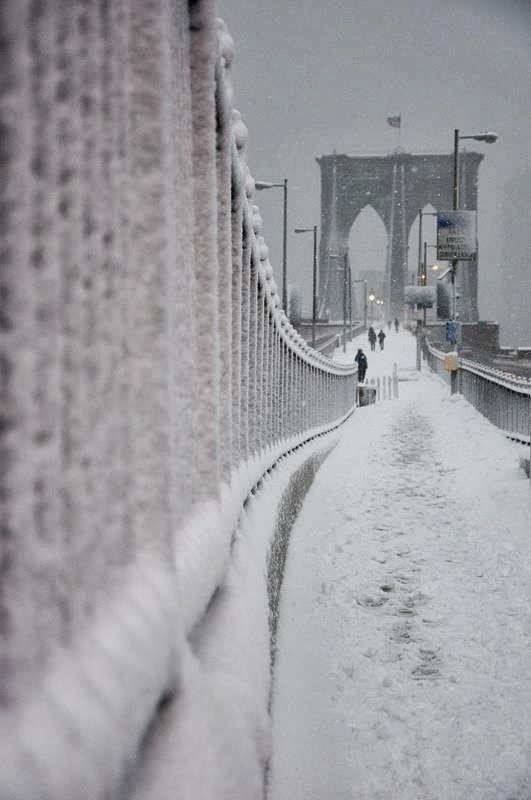 Brooklyn Bridge during Winter Snow fall, NewYork, USA | A1 Pictures