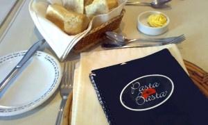 MEJOR lugar de pastas y tortas! :)