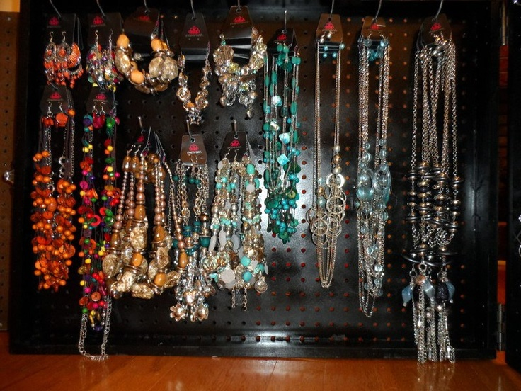 17 best images about paparazzi accessories on pinterest for Paparazzi jewelry display case