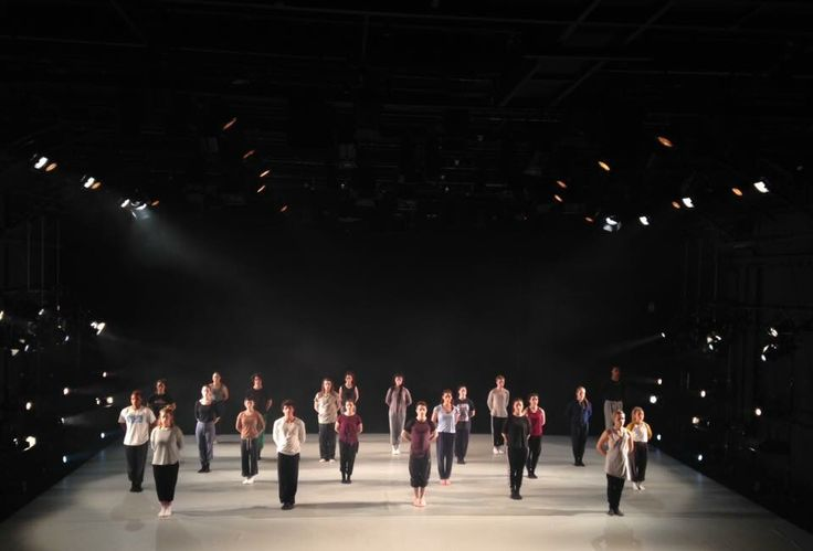 Working with HOFESH company at London Contemporary Dance School was an amazing experience.