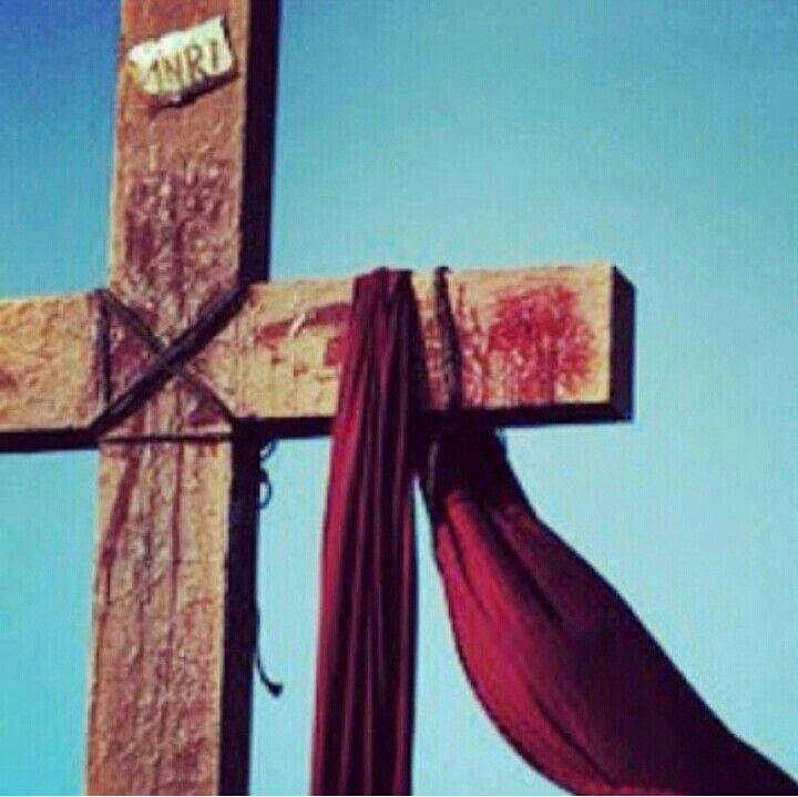 """"""" Mas ele foi ferido por causa das nossas transgressões, e moído por causa das nossas iniqüidades;o castigo que nos traz paz estava sobre ele, e pelas suas pisaduras fomos sarados """" Isaías 53:5"""