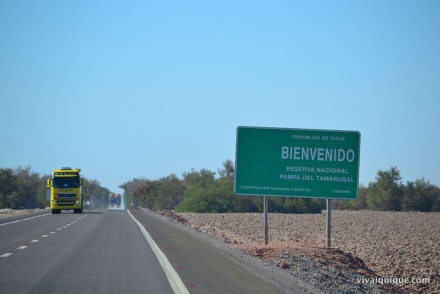 Ruta 5 Chile. Pampa del Tamarugal, comuna de Pozo Almonte, Región de Tarapacá. www.vivaiquique.com