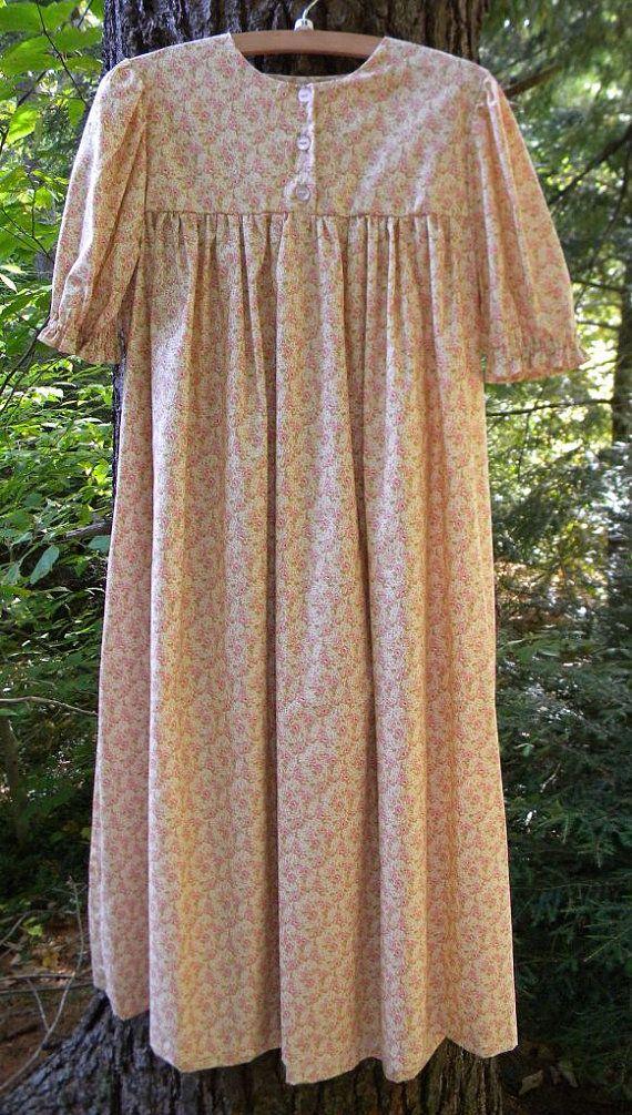 Aangepaste dames Nachthemd van gracefulthreads op Etsy