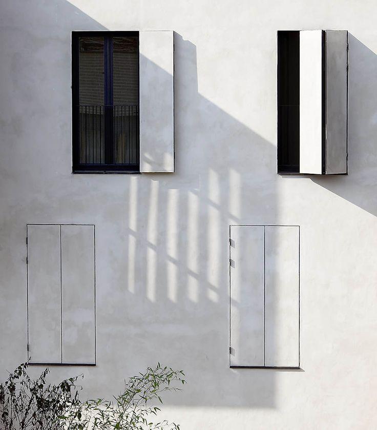 51ad6e73b3fc4bf3fc000032_tetris-social-housing-and-artist-studios-moussafir-architectes_ma_tetris_08_photo_luc_boegly.jpg 1,000×1,141 pixels