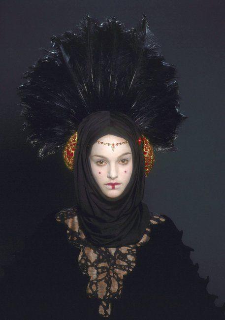 Queen Amidala 'StarWars Episode I: The Phantom Menace'. The 'Escape from Naboo' costume detail, designed by Trisha Biggar.