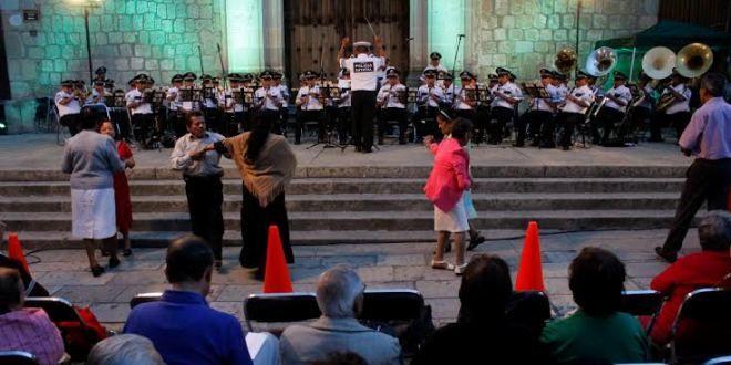 Oaxaca Digital | Concierto en memoria de Macedonio Alcalá, ofrece banda de música de la SSPO