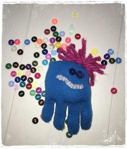 rękawiczkowy stworek / glove plush creature