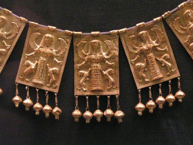 Орнамент и стиль в ДПИ - Античные украшения. Часть 2. Ожерелья Mycenaean     Necklace from the British Museum. London.