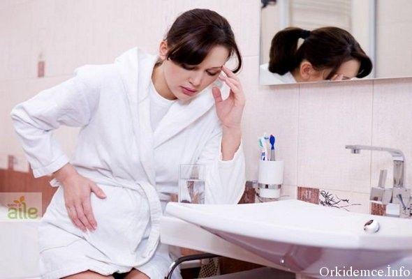 Hamilelik bir kadının hayatında belki de en heyecanlı ve keyifli süreç olsa da, vücutta oluşan fizyolojik, hormonal değişimler nedeniyle çeşitli sorunları da beraberinde getirebiliyor. 1 Örneğin; bulantı, kusma, sırt ağrısı, halsizlik, midede yanma ve kabızlık gibi. Bu sorunlar bazı hamilelerde hafif seyrederken, bazılarında ise yaşam kalitesini ciddi boyutlarda etkileyebilecek kadar…