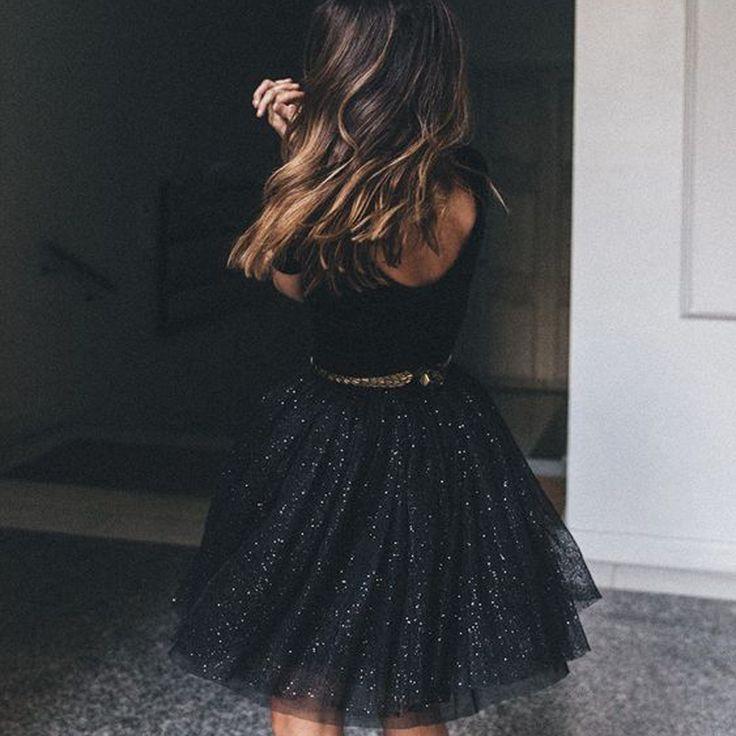 La petite robe noire... Incontournable !