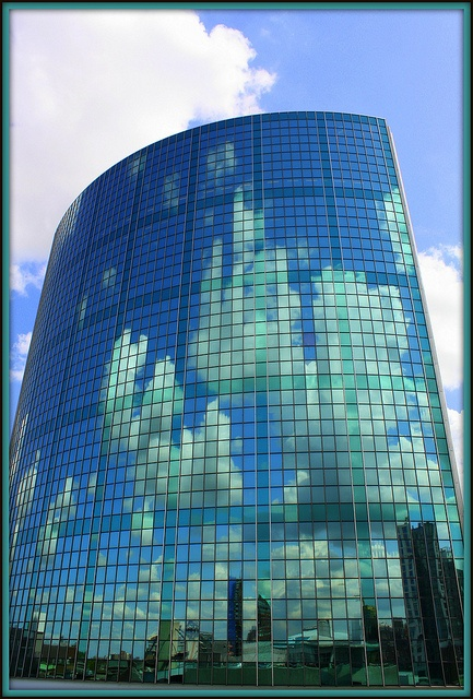 Rotterdam, World Trade Center, love the reflection of the sky