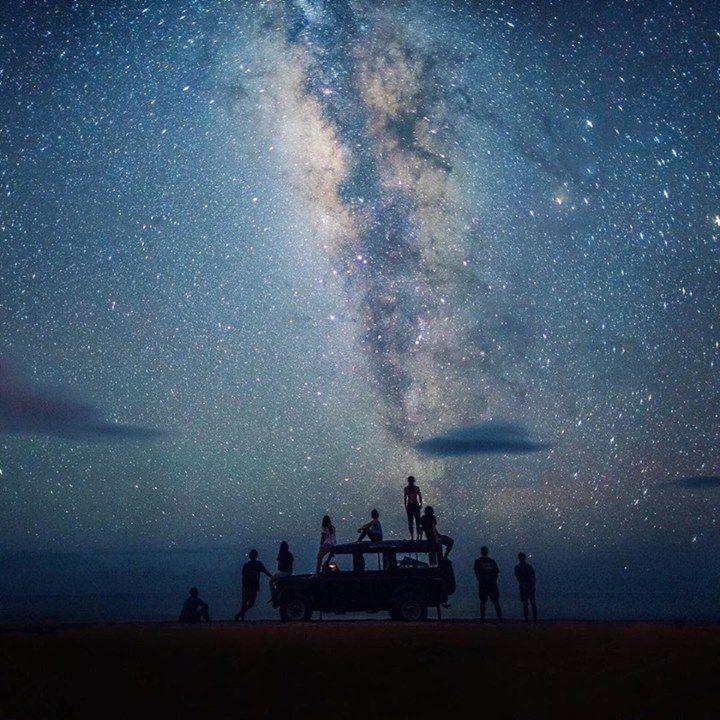Stargazing squad goals    Kauai Hawaii   Chelsea Yamase Say Yes To Adventure