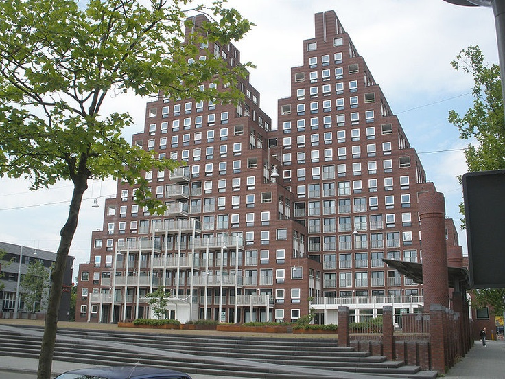 "De Piramides (""The Pyramids"") in Amsterdam (Sjoerd Soeters)"