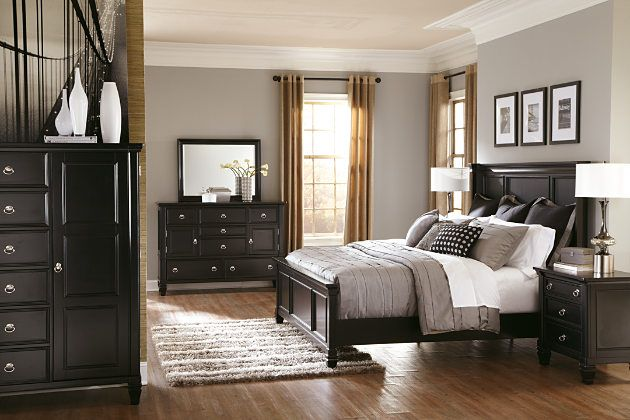 Greensburg black panel bed frame and door chest