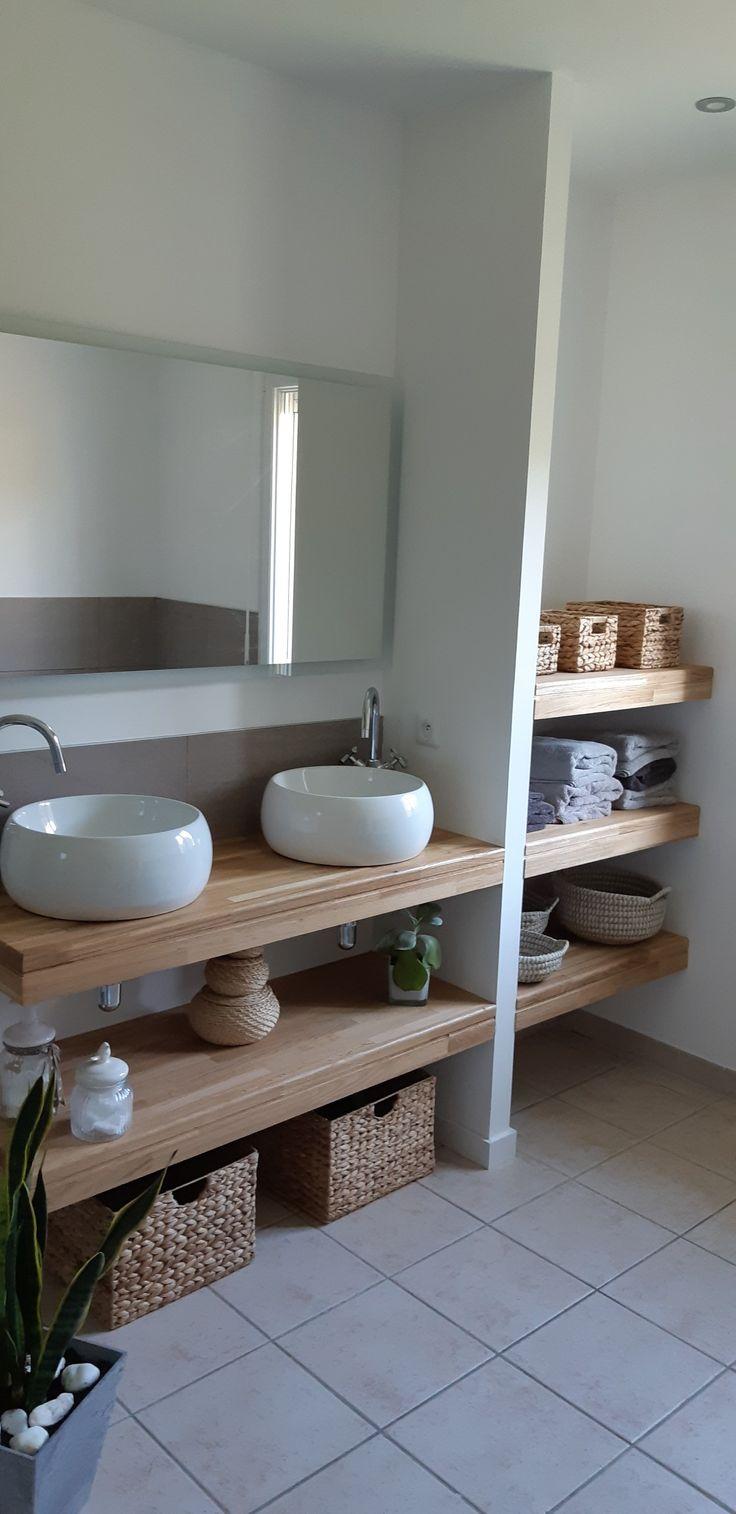 Salle de bain bois et blanche. Amiens. Meuble sur mesure. Simple. Naturelle.