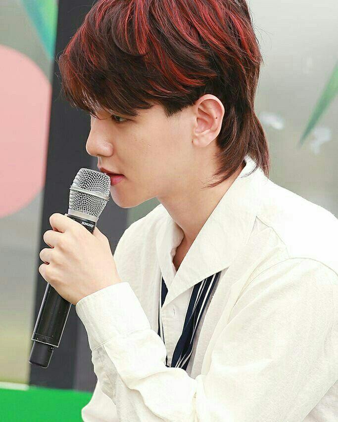 Baekhyun Mullet Hairstyle Google Search Mullet Hairstyle Kpop Hair Baekhyun