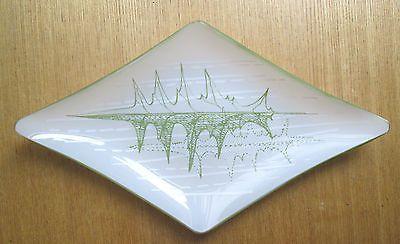 Rare Chance Glass 1950s Maragret Casson Green Leaf? diamond Dish. Sold for £21.00 31/5/14