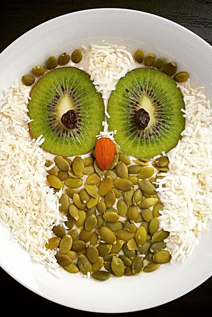 Owl Smoothie Bowl