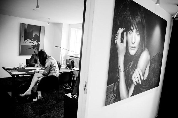 Helene Christensen. Reklamefotografen i Vejle. Reklamefotos til kataloger, hjemmesider, print. Reklamebilleder i høj kvalitet ved reklamefotografen i Vejle. http://www.fotografvejle.net/fotografering/erhverv-og-virksomhedsprofil/